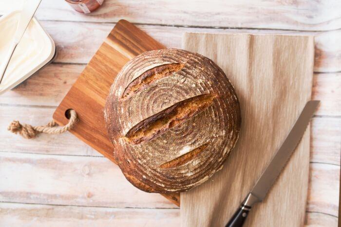 Best Bread Knives to Buy in 2019