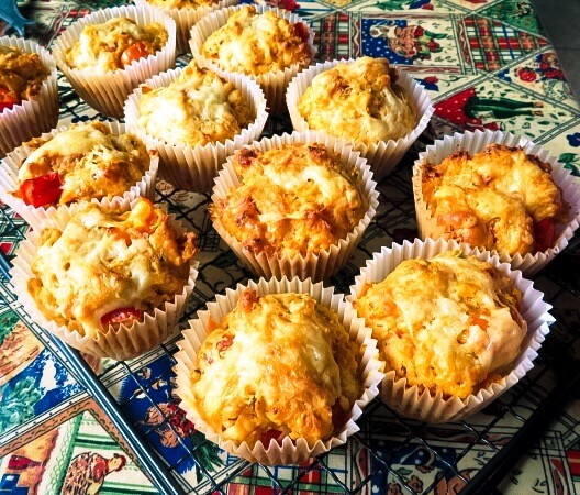 Baked pizza muffins