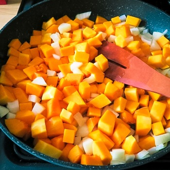 sauteing squash and onions